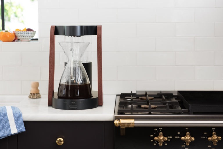 The coffee maker Ratio Eight