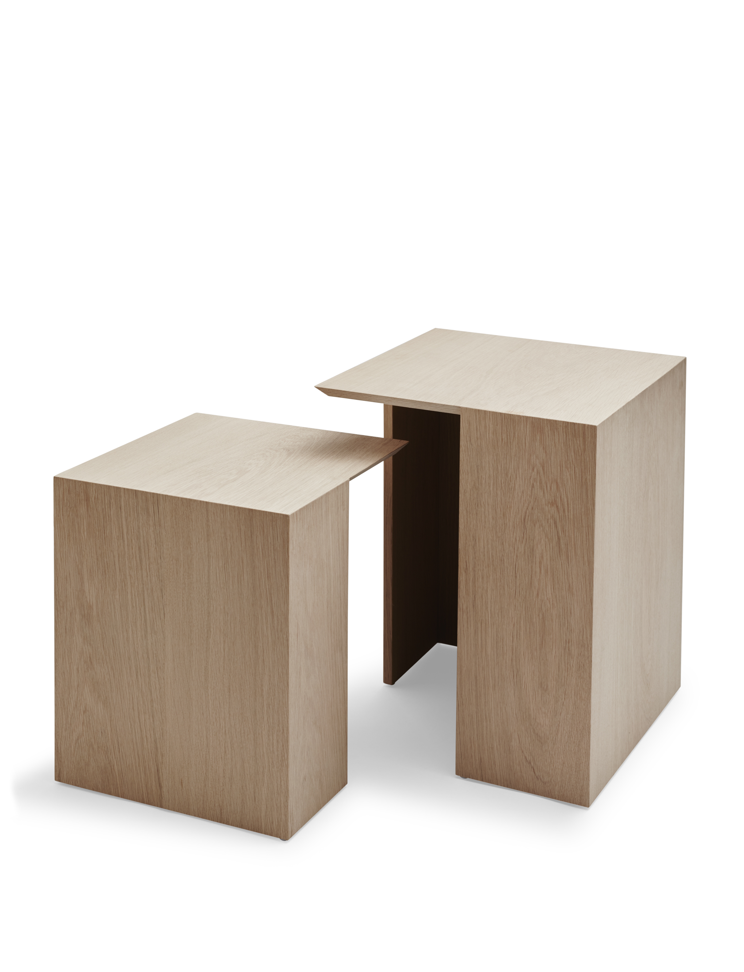 Building side table for Skagerak, by Bicolter